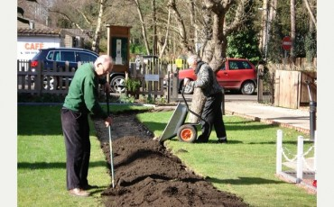 Garden-workers-museum-woodhall-spa