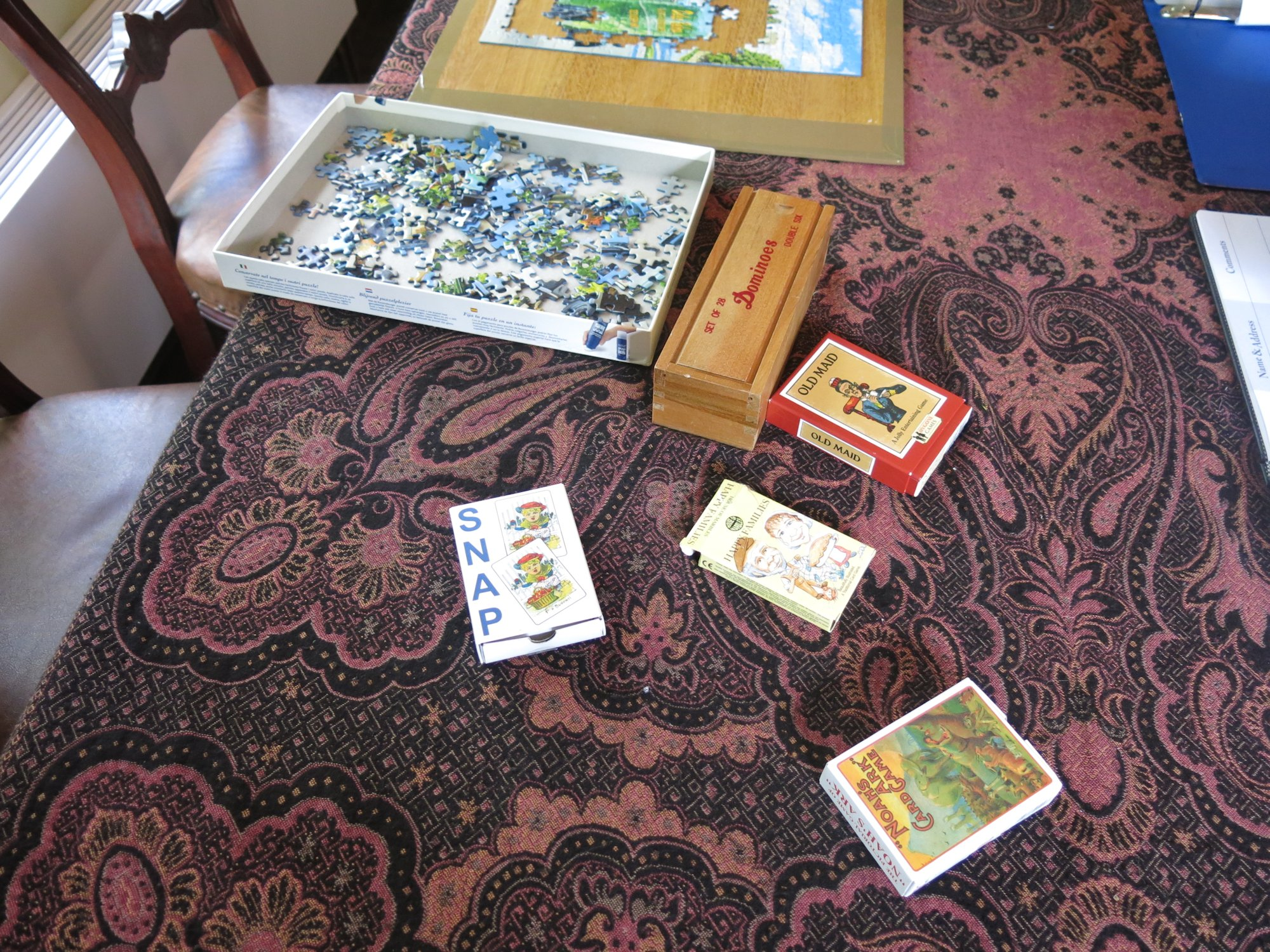 Children's games, cards and jigsaws